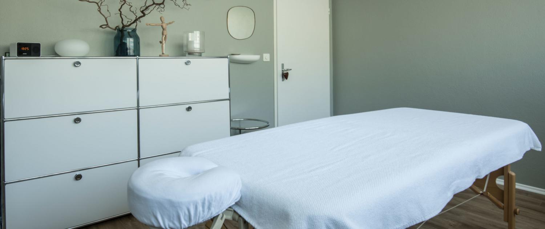 Massage Lehmann Bolligen. Behandlungszimmer in Bolligen.